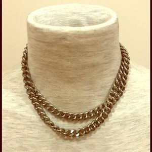 Jewelry - Vintage white metal continuous chain necklace.